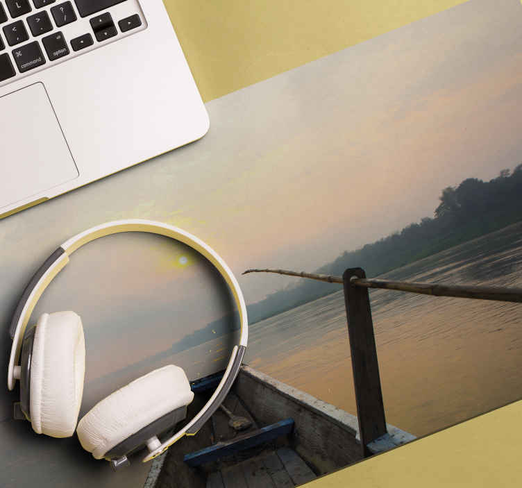 TenStickers. Barca original vinyl mouse pad. An original mouse pad with a natural landscape design. It is made with high quality material and it is very easy to maintain.