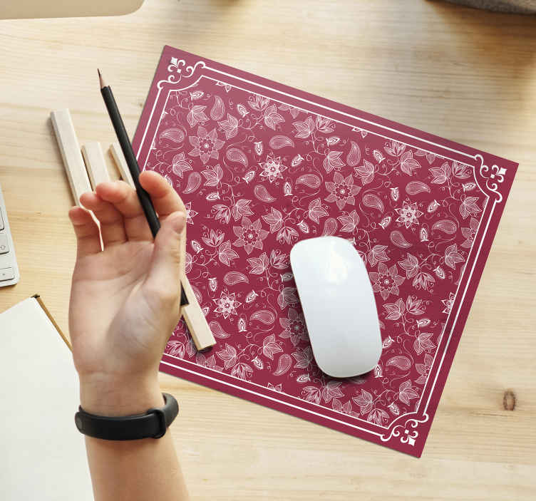TenStickers. Beautiful paisley flowers paisley mouse mat. A fascinating paisley vinyl mouse pad made with an original and quality material. It is easy to clean and anti allergic.