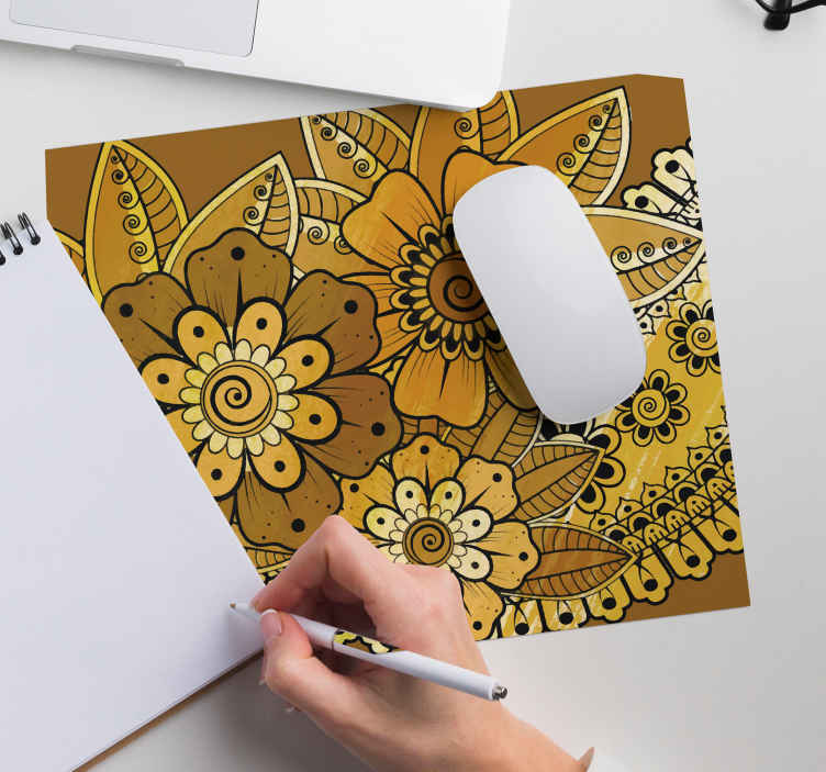 TenStickers. Paisley Indian style paisley mouse mat. Enjoy our Indian paisley patterned mouse mat on your working table. It is made with high quality material and easy to maintain.
