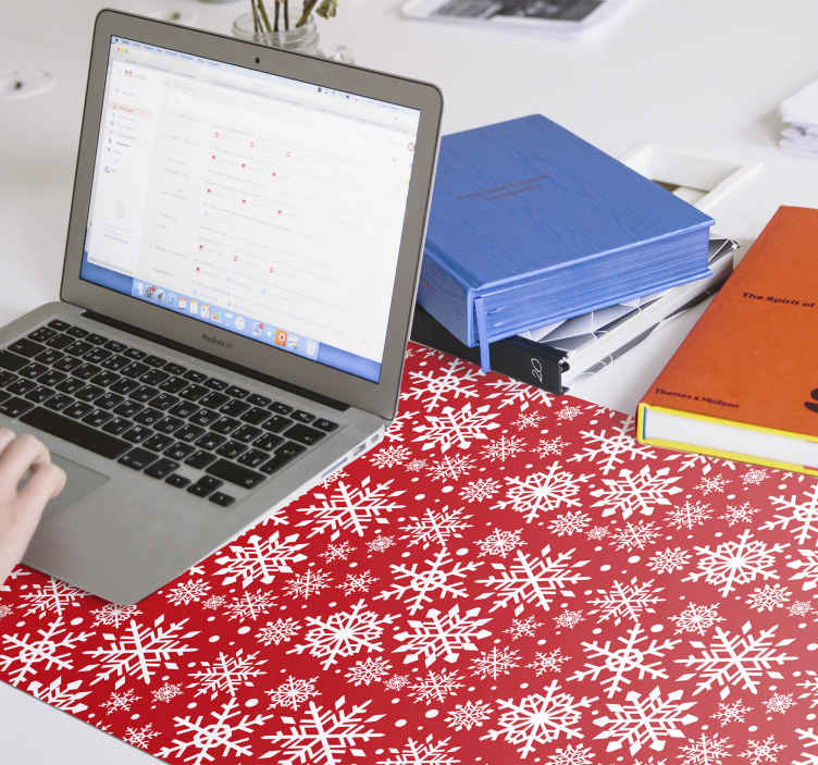 TenStickers. Red Snowflakes christmas mousepad. Red snowflakes Christmas mousepad design. Our quality mouse pad gives you the best of experience with your mouse use. Easy to maintain