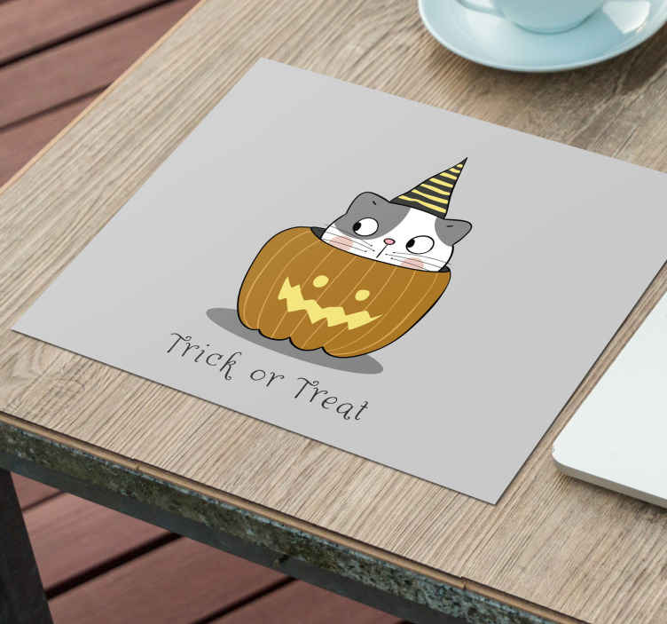TenStickers. Cute Halloween mouse pad. Enjoy a wonderful experience with your mouse in our original mouse pad. It is featured with the design of a cat inside a scary pumpkin.