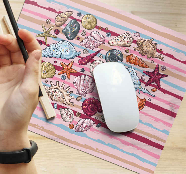 TenStickers. sea love seashell mouse mat. The best sea themed vinyl mouse pad to update the decor of your desk! Easy to maintain and a great addition to your home.