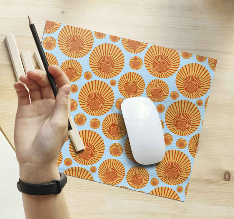 TenStickers. 70's Sunshine 70's sun mouse mat. A wonderful 70's orange sunset mouse pad in a squared shape to make the use of your mouse more comfortable and smooth. Delivery to your house!