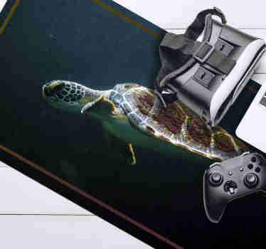 Check out our fantastic original mousepad with a swimming turtle that is the center of attention. It is made from extremely long-lasting material.