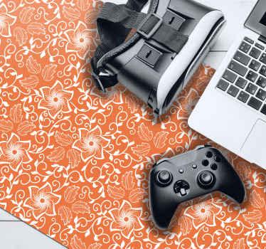 Alfombrilla XXL gaming de paisley diseñada sobre un fondo naranja. Es fácil de mantener, antialérgica y de buena calidad ¡Envío a domicilio!