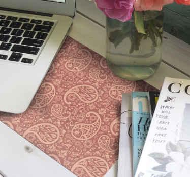 Alfombrilla de ratón original estampada de paisley diseñada sobre un fondo de color. Es fácil de mantener y de calidad ¡Envío express!