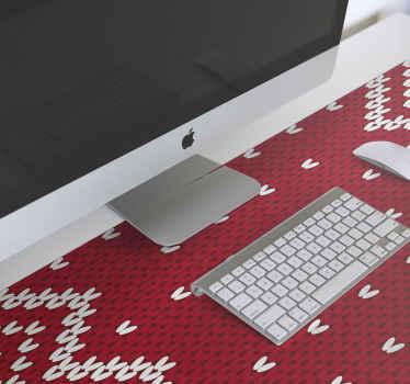 Vianočný typický podložka pod myš. Dizajn je vzorovaný bielymi ornamentálnymi prvkami na červenom podklade s textúrou. ľahko sa udržiava a je originálny.