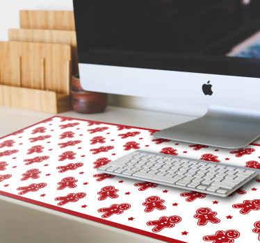 Vianočné cukrovinky vianočná podložka pod myš. Krásne biele pozadie s vianočnými podložkami pod myš s rôznymi charizmatickými cookies a hviezdičkami v červenej farbe.