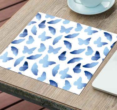 Alfombrilla ratón original azul pintado creado en un fondo blanco y con mariposas de tonos azules. Elige medidas ¡Envío a domicilio!