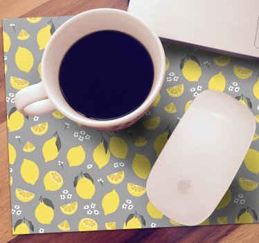 Esta alfombrilla ratón patrón refrescante de limones amarillos brillantes sobre un fondo gris  quedará bien en cualquier escritorio ¡Fácil de limpiar!