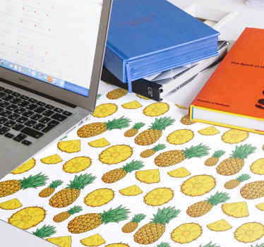 Bring some pineapples in your life with this amazing original vinyl mouse mat showing a lot of pineapples on a white background! Order now!