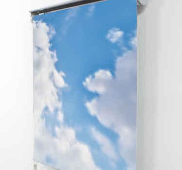 Přidejte krásnou přítomnost do prostoru s tímto mrakem na obloze okno slepé v prostoru okna. Lze jej zakoupit v průsvitné nebo zatemňující látce.