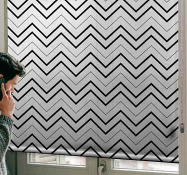 Cik cak šedé pruhy moderní roleta, která by vás nechala na obdivu, když si roletu stáhnete. Ideální pro každý okenní prostor.