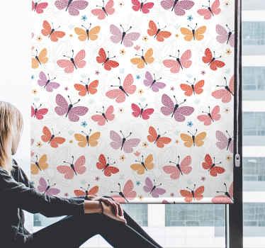 Tyto motýly létající originální rolety mohou mít místo i ve vaší domácnosti. Ochrání vás před vnějšími pohledy.