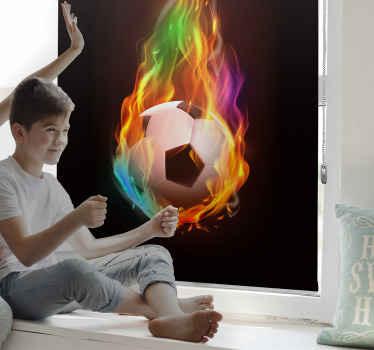 Vneste do svého pokoje nějakou barvu s touto úžasnou sportovní roletou s vícebarevnou ohnivou koulí! Nečekejte déle a objednávejte hned!