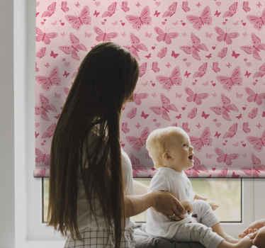 Tato dětská roleta je založena na růžovém pozadí s mnoha růžovými motýly v různých velikostech. Přichází již předinstalovaný. Donáška domů!