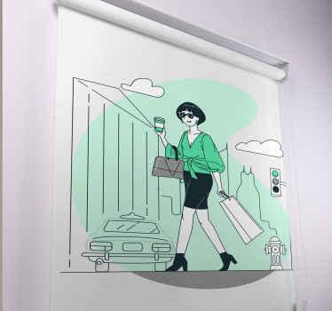 Tato kancelářská roleta je založena na bílém pozadí se zeleným akvarelovým mořidlem a chladnou grafikou dámy s nákupní tašky. Předinstalovaný!