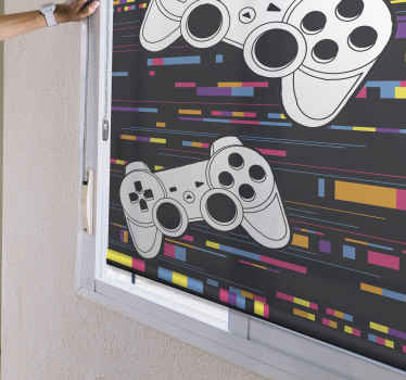 Roleta tohoto teenagera je založena na černém pozadí s vícebarevnými linkami a dvěma velkými herními konzolami v bílé barvě. Vyberte typ materiálu!
