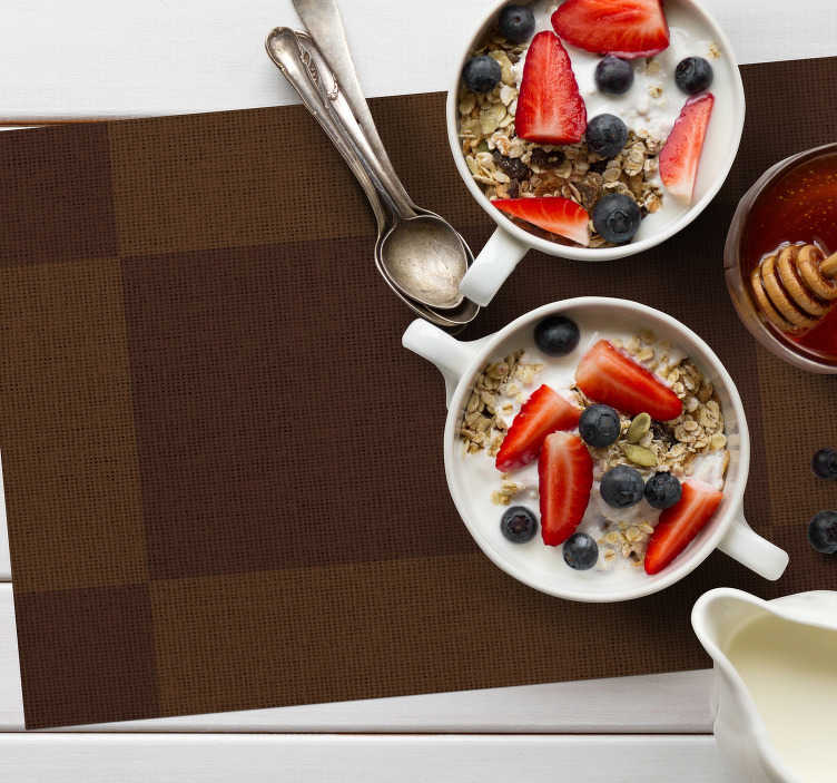 TenStickers. Brown rectangulars modern vinyl placemats. Improve the experience of every meal with those rectangular placemats in a brown colour. Chose the set of 2, 4 or 8. Easy to clean!