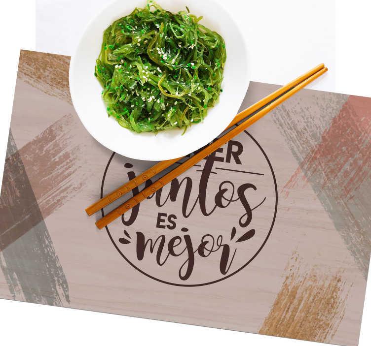 TenVinilo. Manteles individuales frase mejor comer juntos. Manteles rectangulares de frase  inspirador que recuerda a todos la importancia de comer juntos. Fácil de limpiar ¡Envío a domicilio!