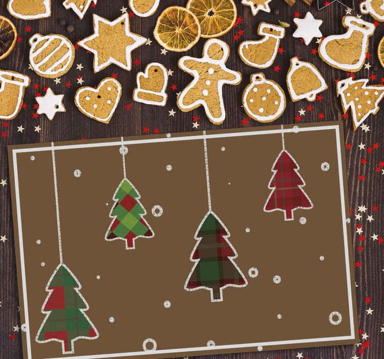 TenStickers. Noel ağaçları kahverengi arka plan noel placemats. Noel vinil yerleştirme matı mutfak ve yemek odasında masa alanını süslemek için. Yüksek kaliteli kullanımı rahat.