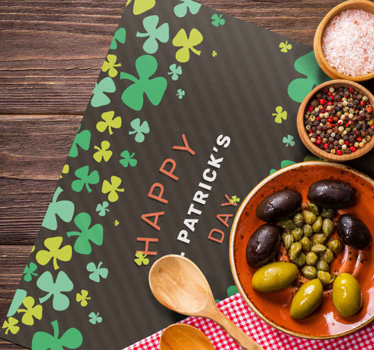 TenStickers. Happy St Patrick's day  original vinyl placemats. Fantastic rectangular  vinyl placemat with a Happy St Patrick's Day pattern. The product is original and made of high quality material.