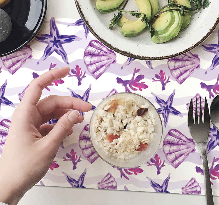TenStickers. Purple Seashell and Starfish shell placemats. Trendy placemat with seashells with the design of various purple seashells on a white background. Made our of high quality material.