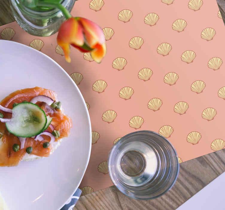 Tenstickers. Simetriska skalskalplattbordstabletter. Symmetriska snäckskal skriver ut plattor på orange bakgrund. Den är original, hållbar och riktigt lätt att underhålla. Finns i olika paketuppsättningar.