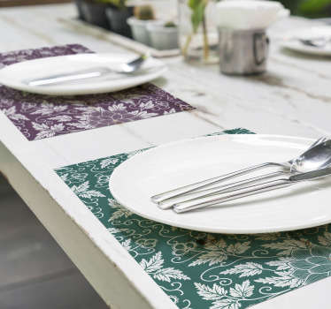Decorate your table with this rectanle table mats with a vintage floral ornament on a subtle beautiful colours. Easy to clean!