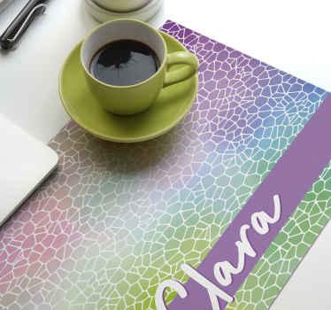 Vidunderligt moderne mønster, der kan tilpasses navneskilte, der udløser glæde i dine måltider! Rabatter, når du tilmelder dig i dag.