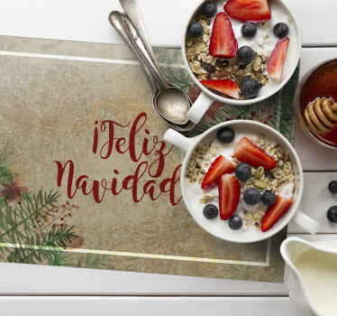 """Mantel individual con texto """"feliz navidad"""" con adornos elegantes para que decores tu mesa estas fechas. Elige tu pack ¡Envío exprés!"""