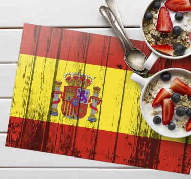 Mantel individual textura madera con diseño de bandera española y escudo. Un hermoso diseño para proteger su mesa ¡Envío a domicilio!