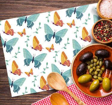 Set de table original avec des papillons bicolores, une décoration parfaite!  Ils sont résistants et durables, faits de matériaux de haute qualité.