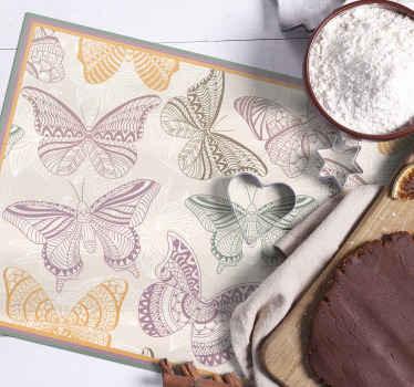 Masanızda inanılmaz görünecek çarpıcı kelebek yemek paspasları. Yüzeyleriniz için bakımı kolay ve son derece koruyucu.