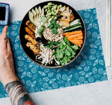 Dækkesæt til borddækkeservietterelskere, den indeholder blå dyr og blomster. Høj kvalitet klistermærke dækkeservietter egnet til køkken