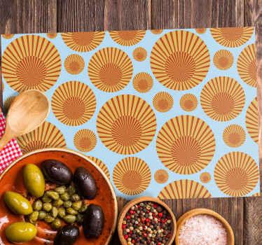 Originales manteles individuales retro de rayas naranjas de forma rectangular para que tu mesa de comedor luzca espectacular