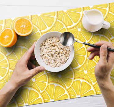 矩形餐垫非常适合早餐,午餐或晚餐。家用桌和办公室桌的橙色图案乙烯基餐垫