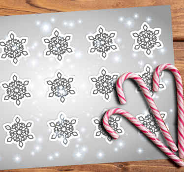This Snowflakes grey background Christmas placemats will be perfect for your Christmas decoration.Easy to maintain, this placemat is easy to clean.