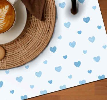 Adorables petits sets de table coeurs bleus avec un beau sticker coeur, parfaits pour votre table ou votre prochain repas.Commandez maintenant!