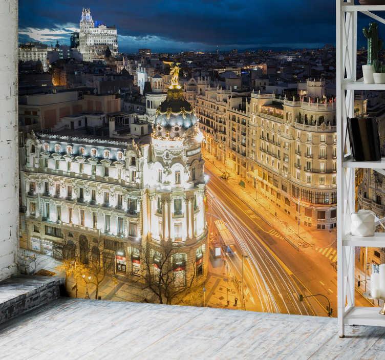 TenVinilo. Mural madrid Gran vía de noche. Maravilloso mural decorativo de Madrid para salón o dormitrorio con vistas a la Gran Vía de noche en el que vemos las luces del tráfico.