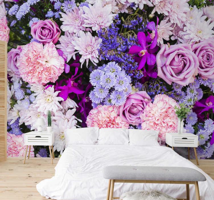 TenVinilo. Mural de flores decorativo. Un precioso papel mural floral multicolor para dormitorio y sala de estar. Este producto es fácil de aplicar con el conjunto de aplicaciones.