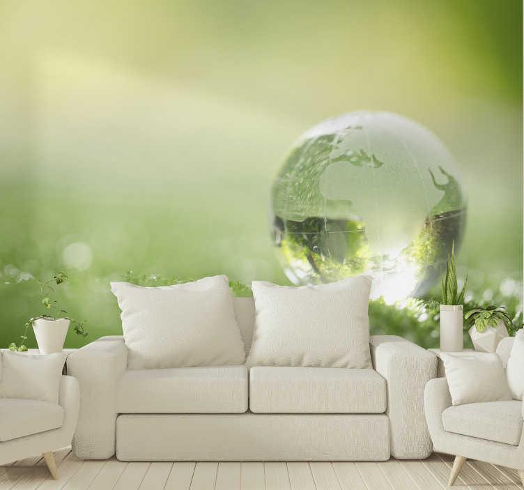 TenStickers. Bos fotobehang druppel water over gras. Deze landschapsmuurschildering is zeker uw aandacht waard, geniet van elk detail van dit ontwerp in uw slaapkamer of woonkamer!