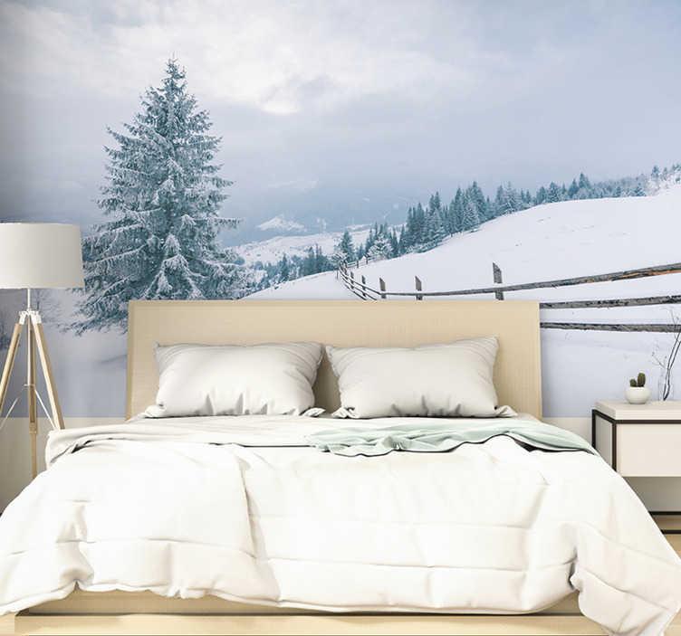 TenStickers. зимнее дерево лес росписи. тебе нравится зима, и это самое любимое время года? тогда у нас есть это красивое зимнее дерево фото обои со снегом для вас!