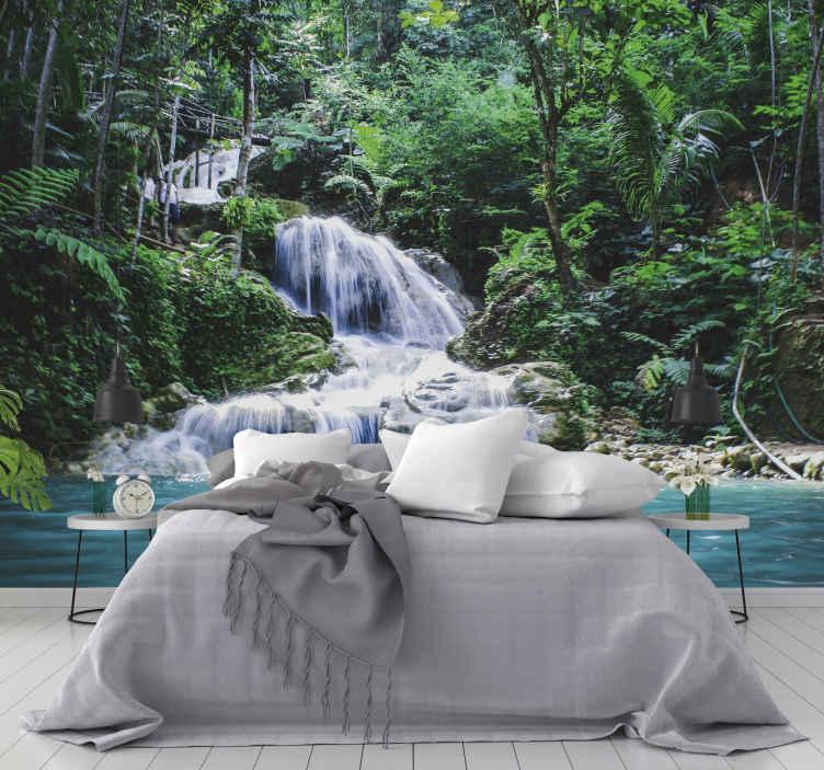 TenStickers. échapper à une forêt tropicale humide paysage mural. évadez-vous dans votre propre paradis de forêt tropicale avec cette fresque murale d'arbre absolument magnifique! L'application est une tâche facile!
