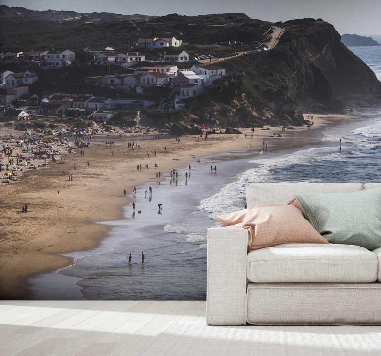 TenStickers. Mural de parede decorativo de praia da cidade de Aljezur. Fantástico mural de parede do mar com uma imagem linda da praia de Aljezur. Aproveite esta bela vista da sua casa na parede desejada.