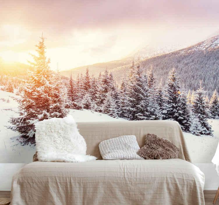 TenVinilo. Papel mural paisaje de montaña nevada. Enamórate de este gran fotomural con una montaña nevada. Producto de calidad, sin burbujas de aire ni otras imperfecciones ¡Entrega gratis!