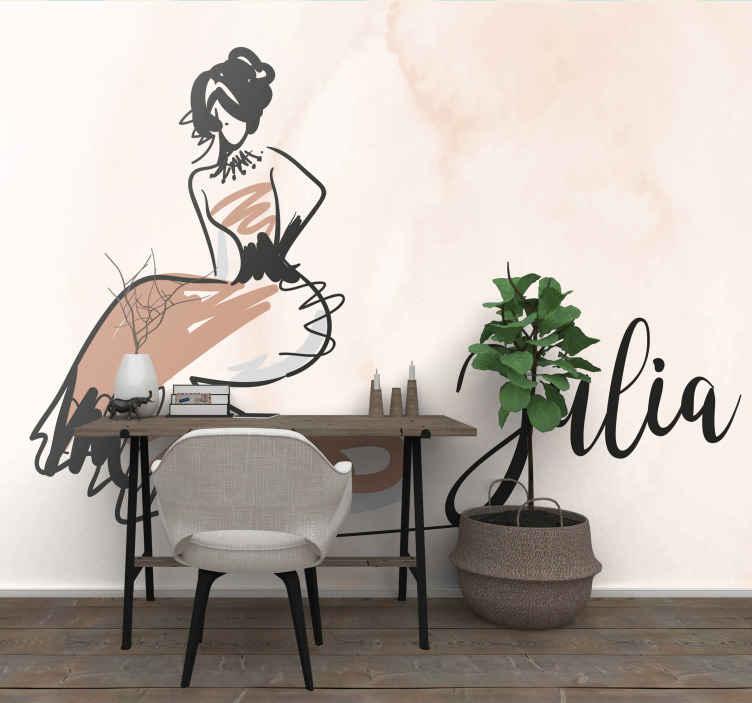 TenStickers. Personalizirane modne zidne freske za tinejdžerske spavaće sobe. Tinejdžerski zidni zid na kojem je slika modne mlade žene s imenom vaše kćeri. Prijavite se za 10% popusta.