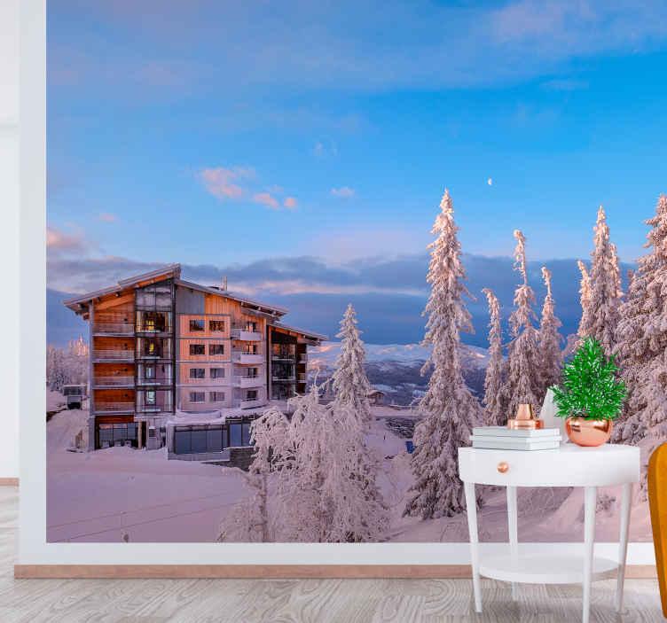 TENSTICKERS. 森の森の壁画の壁紙の建物. 冬やクリスマスの時期だけでなく、この風景壁画の壁紙はあなたのリビングルームを家族全員のためのリラックスできる空間に変えます