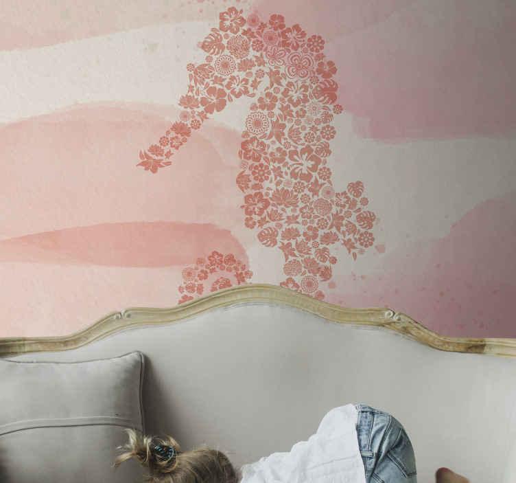 TenStickers. Cvjetni morski konj životinjske freske. Fototapeta s dizajnom morskog života u ružičastoj boji u raznim nijansama s ilustracijom morskog konjica od malih cvjetova ili geometrijskih oblika.