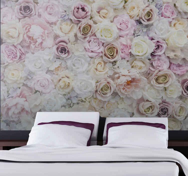 TenStickers. Ružičaste ruže pozadina ruža mural. Vrlo lijep zidni dizajn ružičastih ruža koji će vašoj kući uistinu dati toliko više energije! Kupite ovaj sjajni proizvod odmah!
